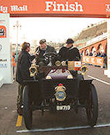 The Wolseley at the finish arch in Brighton in 2007